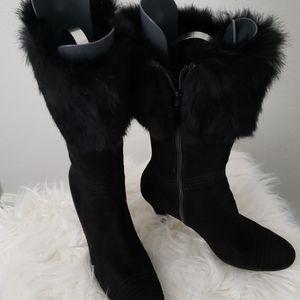 Sarah-Jayne Fur collar boots